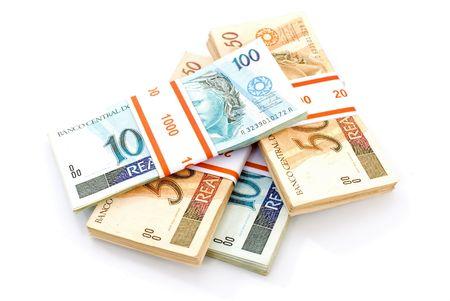 Real Währung auf weiß.