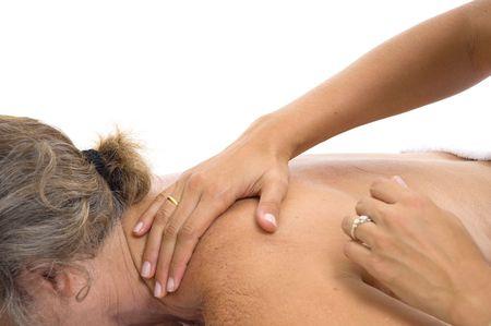 Frau im Spa empfangen einer entspannenden Massage.