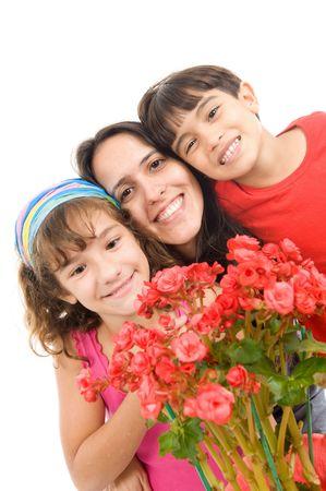 Mutter, eine Blume von Ihre Kinder erhalten.  Standard-Bild - 7707947