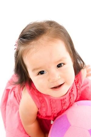 Cute ashtray Baby Smilling holding einen Plüsch Ball. Lizenzfreie Bilder