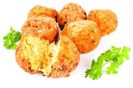 köstliche portugiesische Küche: Bolinha de Bacalhau.