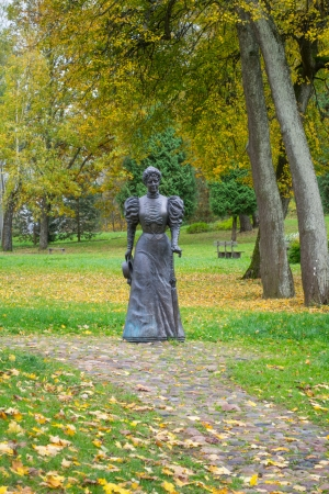 Monument to Tenesheva in Talashkino, Smolensk region, Russia Stock Photo