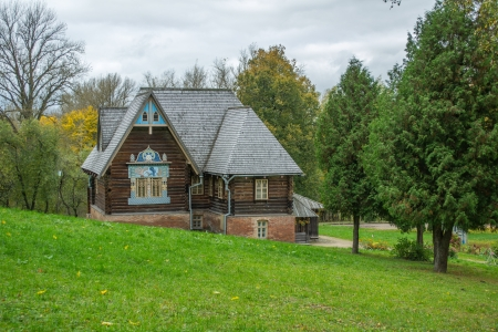 dacha: manor Talashkino in early autumn in Smolensk region, Russia Editorial