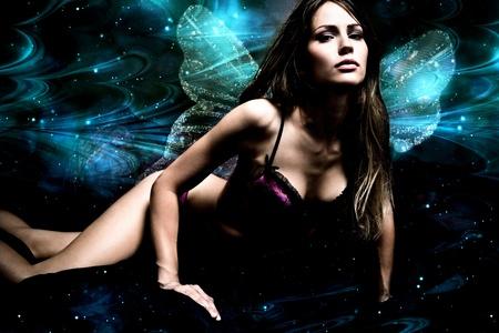 fantasia: mujer de hadas de fantas�a con alas Foto de archivo