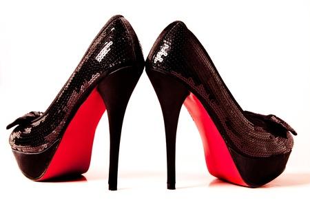 tacones rojos: par de zapatos de tacones altos Foto de archivo