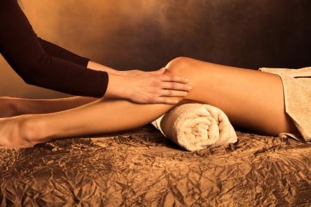 legs massage technique in spa photo