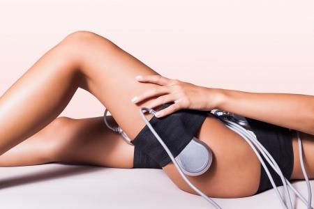 Frau Beine Cellulite-Behandlung mit Ultraschall Lizenzfreie Bilder