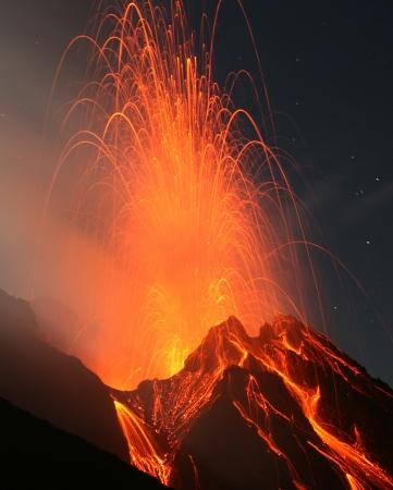uitbarsting: Vulkaan Stromboli Stockfoto