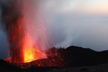kilauea: Erupting volcano Stromboli Part 2