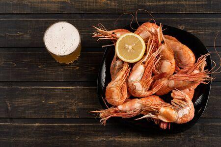 Bothan shrimp delicious king size shrimp tige with lemon and beer