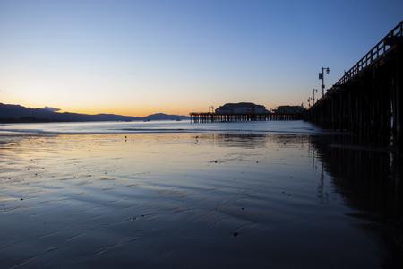wharf: wharf sunrise ocean light