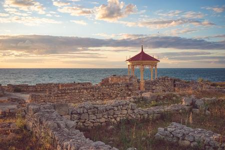 Sevastopol, Crimea-June 7, 2016: Beautiful landscape with sunset and Royal gazebo on the background of the sea landscape. Archivio Fotografico