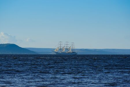 Vintage white sailboat on the background of the seascape. Vladivostok, Russia 写真素材 - 132762727