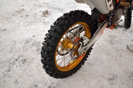 mud and snow: motocross motorcycle rear wheel spikes for snow ride
