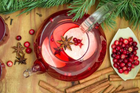 star anise christmas: Hot cranberry drink with apples, cinnamon and star anise. Christmas drink