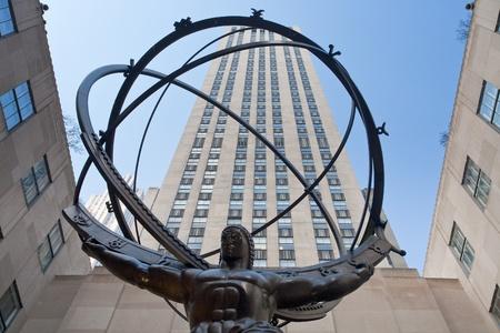 Atlas: Rockefeller Center und Atlas Sculpture, New York auf Februar 2010 Editorial