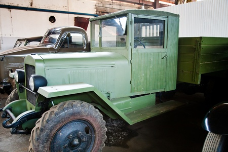 green retro thirty-hundred-weight lorry