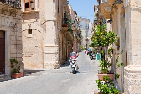 SYRACUSE, ITALY - JULY, 3: late baroque style Rome street in Syracuse, Italy on July 3, 2011 Stock Photo - 10793094