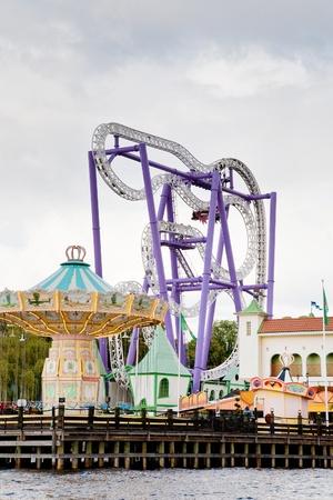 monta�a rusa en parque de atracciones Tivoli, en Estocolmo, Suecia Foto de archivo - 11390116