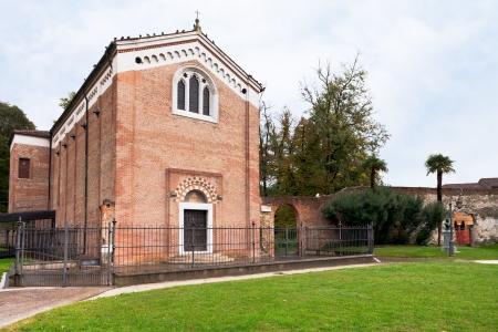 cappella: Cappella degli Scrovegni en Padua, Italia, en d�a de oto�o Foto de archivo