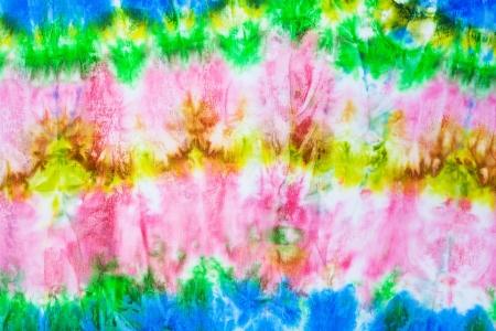 batik: forme d'onde abstraite sur soie batik noueuse Banque d'images