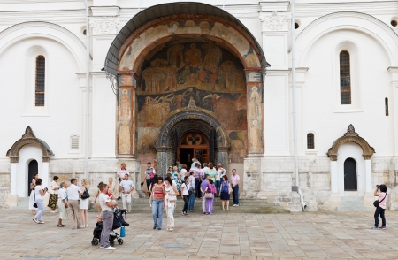 under control: MOSCOW, RUSSIA - JULY 12: Gate of Archangel Cathedral in Moscow Kremlin on July 12, 2013. It was constructed between 1505 and 1508 under control of Italian architect Aleviz Fryazin Noviy Editorial