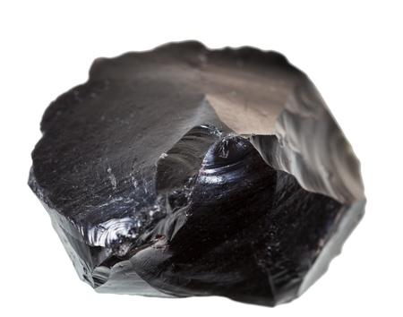 Schwarzer Obsidian Stein auf weißem Hintergrund isoliert Standard-Bild - 21019142