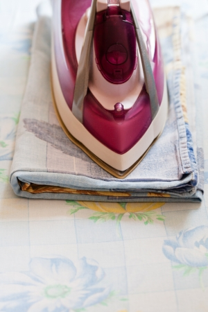 bedclothes: homework - Iron ironing bedclothes at home