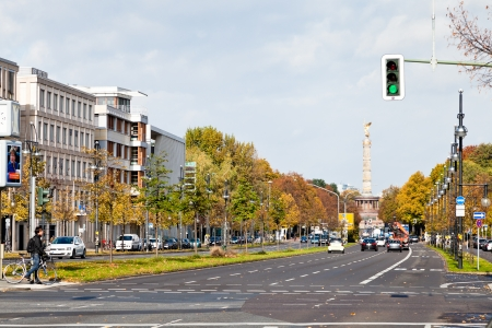 str: BERLIN, GERMANY - OCTOBER 17: view of Klingelhoferstrasse and Victory Column in Tiergarten in Berlin, Germany on October 17, 2013. The column was relocated in Tiergarten from Konigsplatz in 1938.