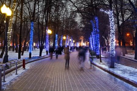 navidad noche la iluminaci�n de Mosc� Claro Ponds Chistoprudniy boulevard photo