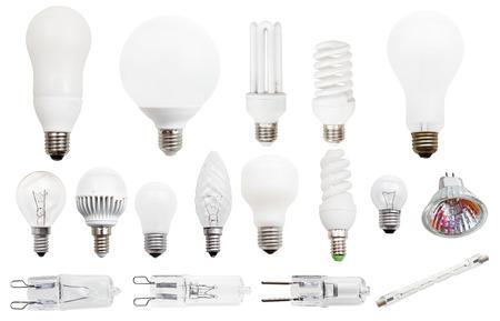 conjunto de lámparas incandescentes, fluorescentes compactas, halógenas, bombillas de luz LED aislado en fondo blanco