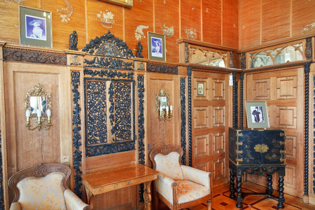 alupka: ALUPKA, RUSSIA - SEPTEMBER 28, 2014: interior of Chinese cabinet (small living room) in Vorontsov Palace in Crimea. The palace was built in 1828-1848 for Prince Vorontsov for use as summer residence