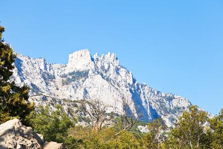 alupka: view of Ai-Petri peaks from Alupka garden, Crimea Stock Photo