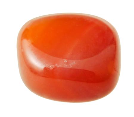 natuurlijke minerale edelsteen - carneool (cornelian, sard) edelsteen geïsoleerd op een witte achtergrond close-up Stockfoto