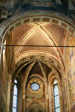 Padua, Italia - 15 de octubre, 2016: nave central de la capilla de los Scrovegni (Capilla de los Scrovegni, Capilla Arena) en la ciudad de Padua. Fue pintada por fresco de Giotto, completado alrededor del 1305.