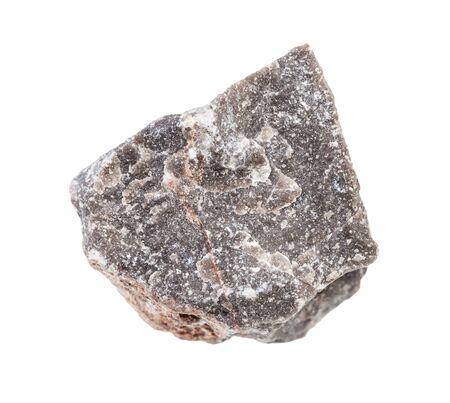 Primer plano de una muestra de mineral natural de la colección geológica - roca caliza sin pulir aislado sobre fondo blanco.