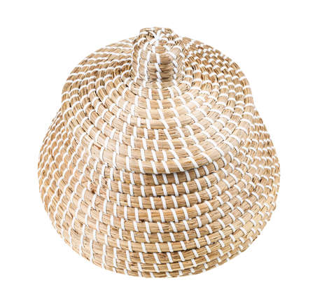 closed moroccan wicker basket from seagrass isolated on white background Banque d'images