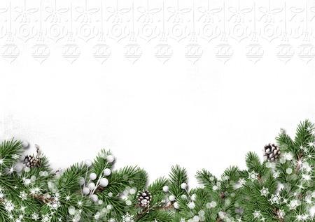 흰색 배경에 고립 장식 겨울 트리 테두리 스톡 콘텐츠 - 44302302