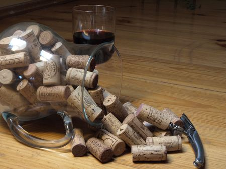 botle: Vine corks and glass