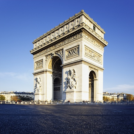 triumphe: view of the Arc de Triomphe in morning light