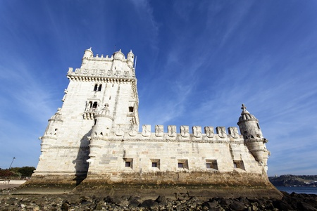 lisbonne: View of Belem Tower in evening. Lisbon, Portugal.