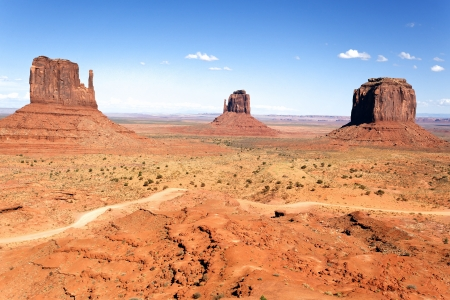 national monuments: The unique landscape of Monument Valley, Utah, USA