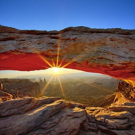 southwestern: Sunrise at Mesa Arch in Canyonlands National Park, Utah, USA