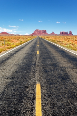 Famous Road to the Monument Valley, Arizona Standard-Bild