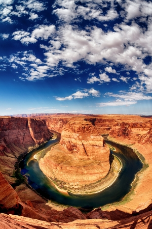 rock canyon: vertical view of Horse Shoe Bend at Utah, USA