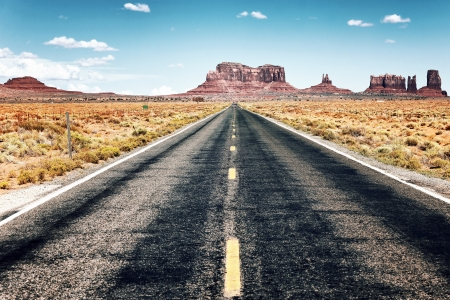 nowhere: long road to Monument Valley, USA
