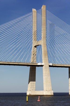 lisbonne: part of Vasco da Gama bridge in Lisbon