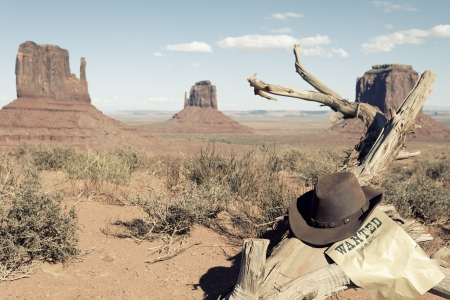 cowboy background: cowboy hat in front of Monument Valley, USA Stock Photo