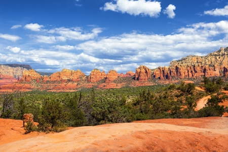 The famous wilderness landscape near Sedona Stock Photo - 19296726
