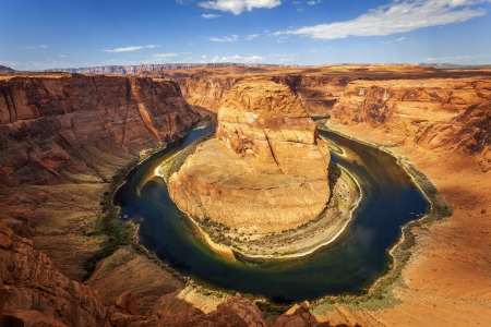 Famous horizontal view of horseshoe Bend, USA photo